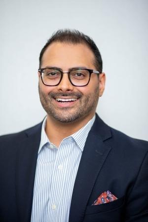 Dr. Arif Karmali | Knee Clinic