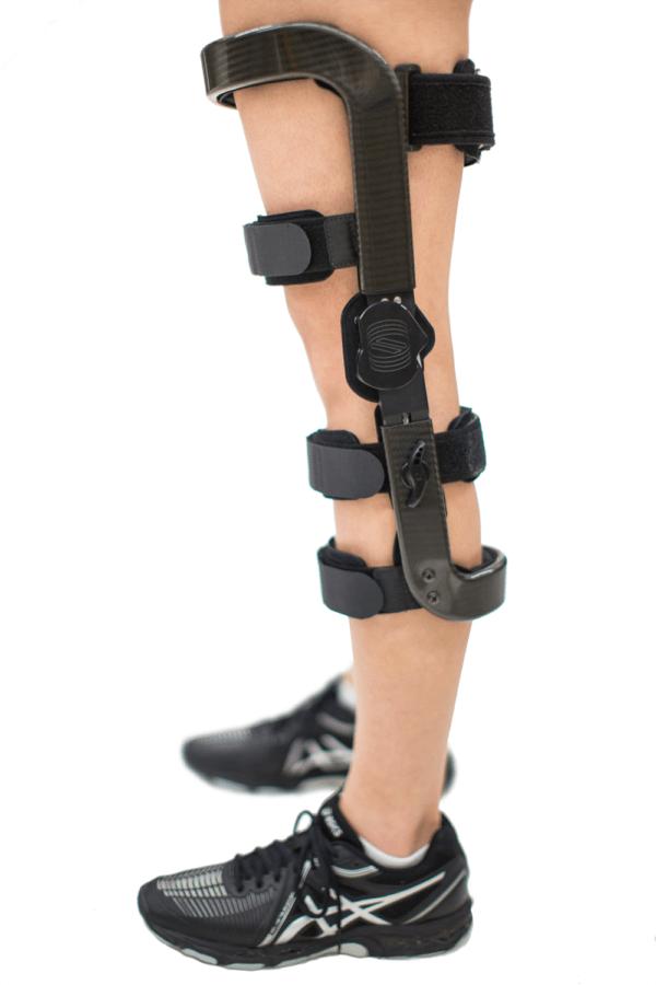Springloaded Levitation 2 Tricomartmental Unloader   Knee Braces